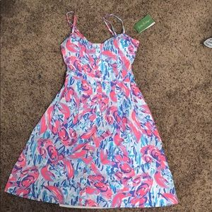 Never worn lily pulitzer dress in cosmic coral